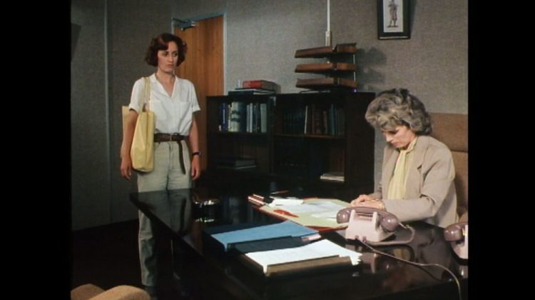 Pippa Guard as Cordelia Gray and Billie Whitelaw as Elizabeth Leaming in An Unsuitable Job for a Woman
